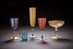 01613227643
