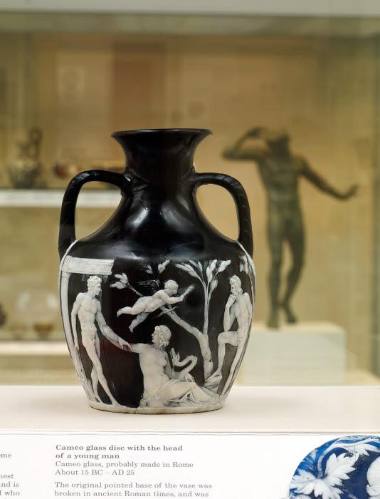 The Portland Vase Vessel Cameo Amphora Roman Rome Monte Del